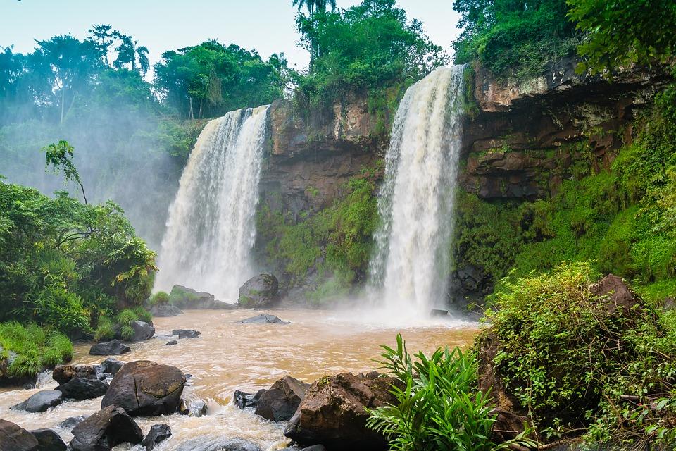 Les plages offrant des activités touristiques lors d'un voyage au Brésil
