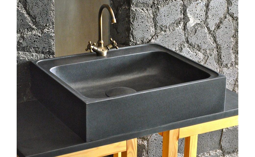 Comment nettoyer un évier en granit noir ?